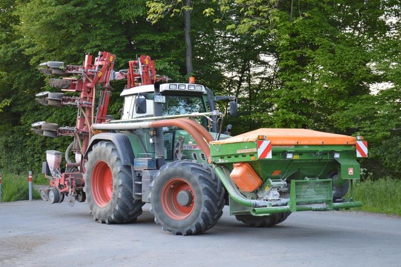 Becker Maislegemaschine 10-reihig