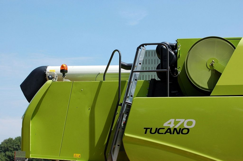 Claas Tucano 470
