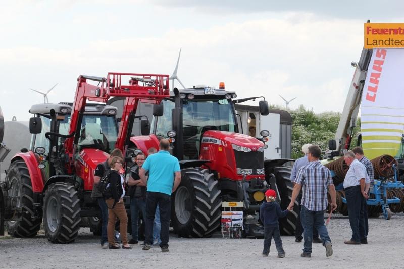 Traktoren der Fa. Hölscher